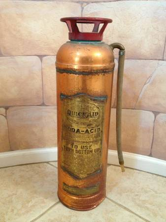 Vintage Quick Aid Fire Extinguisher - $100 (HigleyGermann)