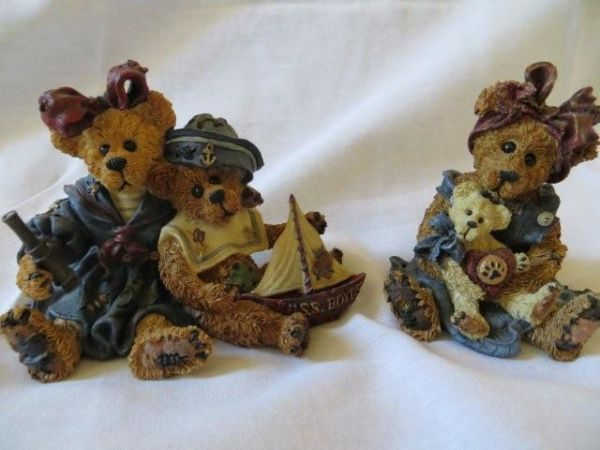 Boyds Bears and Friends -- set - Retail for $32 - $10 (Phoenix - Ahwatukee Foothills area)
