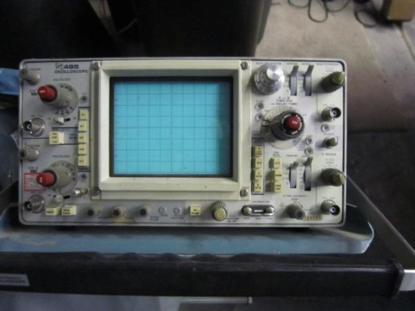 TEKTRONIX 465B OSCILLOSCOPE MULTIMETER DM 44 WITH CART WIRES - $500 (East Mesa)