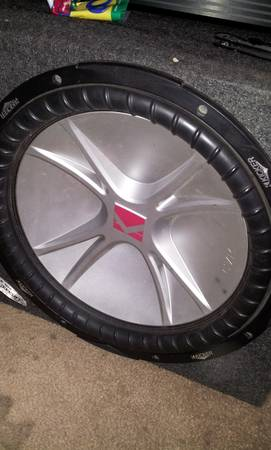 12 inch kicker cvr in single custom box - $105 (west valley)