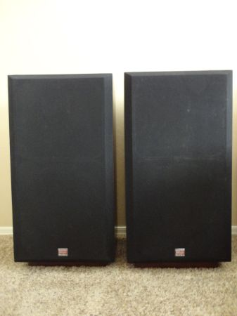 Cerwin Vega RE 30 Series Loudspeakers - $225 (Mesa)