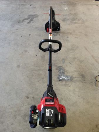 Brand new craftsman 4 cycle 29cc weed eater for $115(obo) - $115 (San Tan ValleyMesa)
