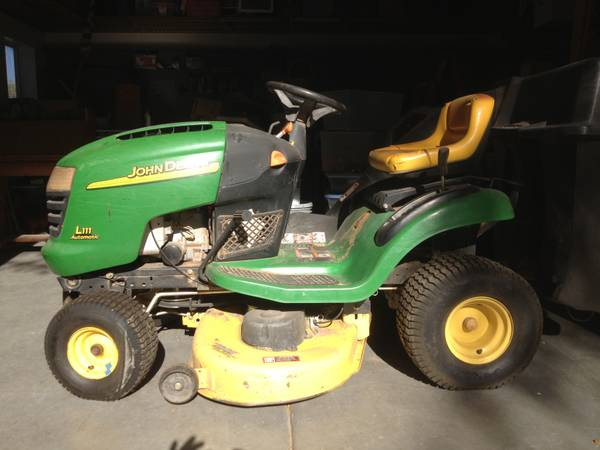 John Deere Riding Mower with Bagger, 20HP 42 Deck - $800 (Stapley Dr McDowell Rd)