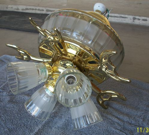 HAMPTON BAY GLASS N BRASS 52 CEILING FAN WLIGHTS - $50 (BuckeyeWaddell)