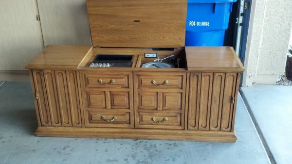 1968 Zenith record player and stereo console - very unique - $100 (Surprise)
