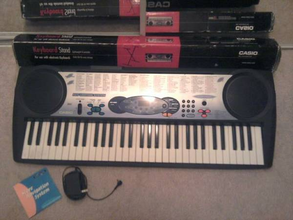 CASIO LK-42 Keyboard - $75 (32nd St. Bell Rd.)