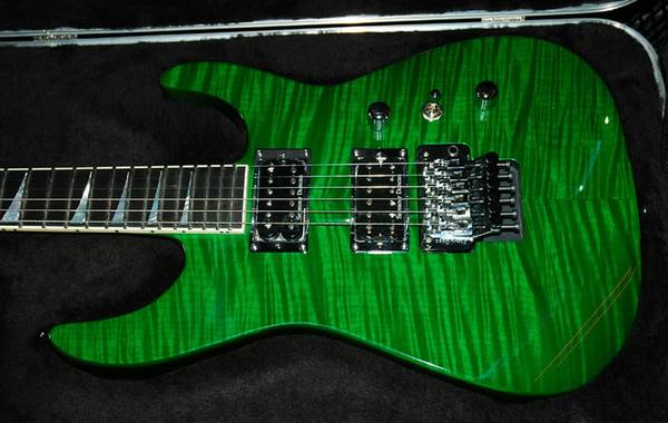 Looking For A Jackson USA Select Series Guitar (Soloist or DK1 Dinky) - $1100 (Glendale, AZ)
