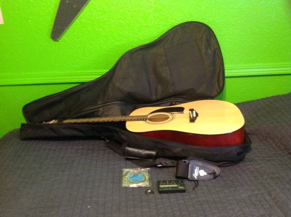 Lyon by Washburn Acoustic Guitar for you Beginning Guitar Players - $85 (Mesa)