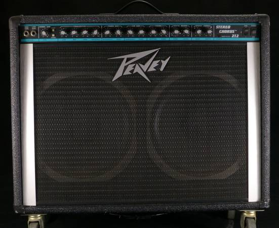 1991 PEAVEY STEREO CHORUS 212 CLASSIC COMBO AMP WFOOT SWITCH (ABSOLUTELY MINT CONDITION AND 22 YRS OLD)