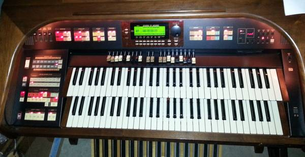 HAMMOND ORGAN Model XH-272 Elegante - $8500 (BELL 51 FREEWAY )