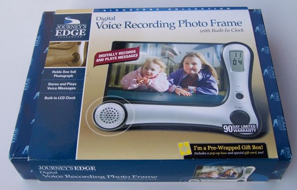 Journeys Edge Digital Voice Recording Photo Frame with Built-In Clock - $15 (E Deer Valley DrN Cave Creek Rd)