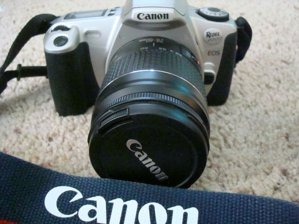 Canon Rebel 2000 EOS - $75