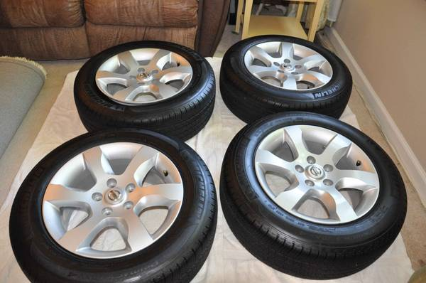 Nissan Altima Stock Wheels (rims) WANTED