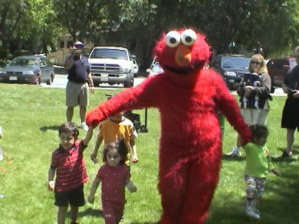 Phoenix Kid Party Rental Clown Yo Gabba Elmo Dora Zoo Bouncers Magic (BEST in Phoenix 888-501-4FUN (4386))