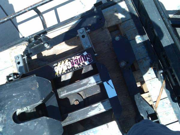 SuperGlide 5th Wheel Hitch by PullRite - $1099 (s. Nevada)