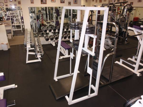 Used Gym Equipment - Closed biz All in storage MOTIVATED TO SELL - $12500 (Prescott Valley)