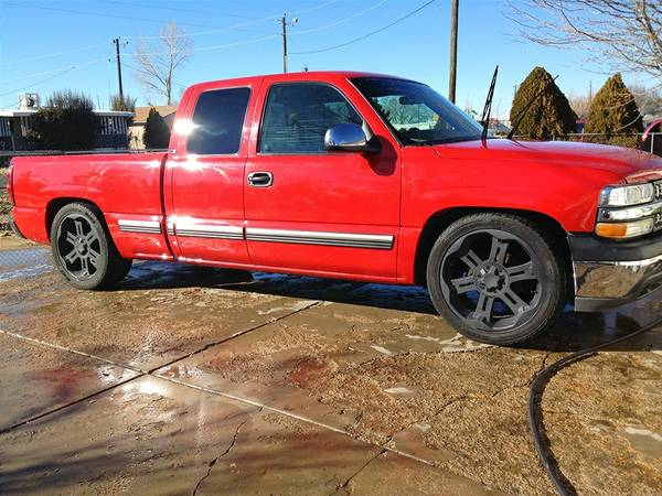 02 lowered silverado on 22s - $7000 (Prescott valley )
