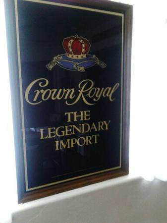 CROWN ROYAL MIRRORVINTAGE - $150 (DiAmOnD VaLLeY)