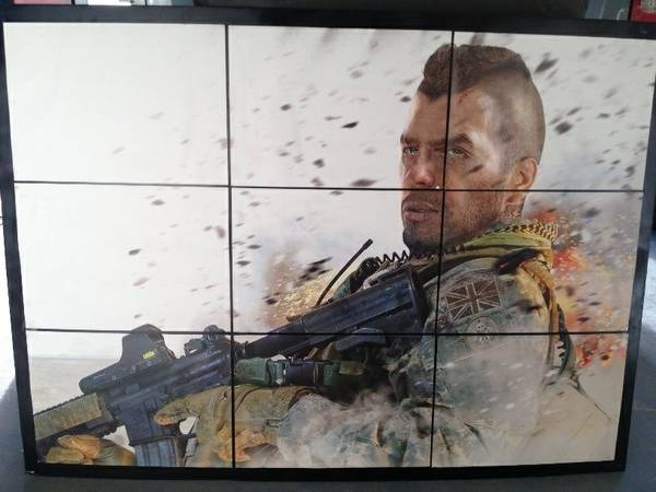 Call of Duty Modern WarFare Posters Pictures AirSoft - $20 (Prescott Valley)
