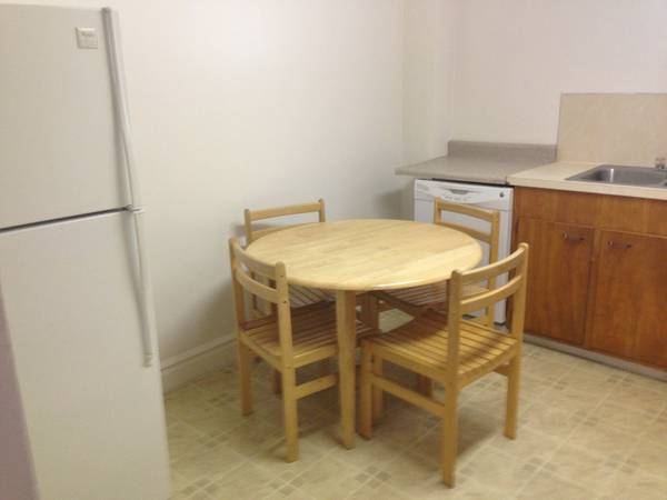 - $675 Married Housing 2 Bedroom Apartment- Close to BYU (330 East 700 North)