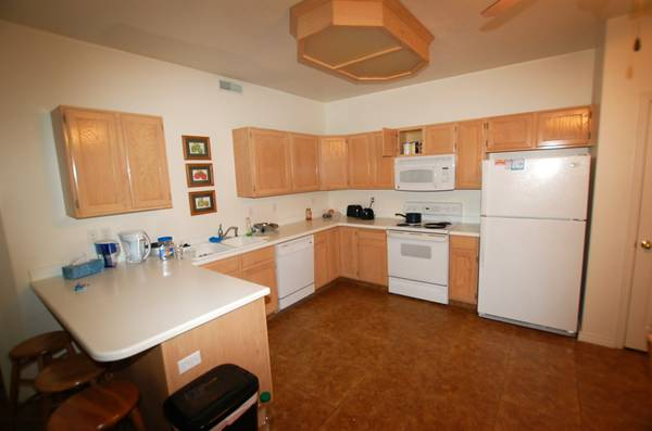- $450 MENS SS CONTRACT AT BELMONT CONDOS (479 BELMONT PLACE)