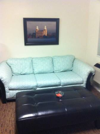 - $600 1br - 900ftsup2 - BYU Married Housing Sub-lease (Provo)