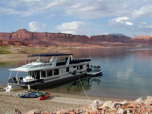 Lake Powell houseboat prime JULY week for sale 73x16 plus offseason - $13900 (antelope point marina)