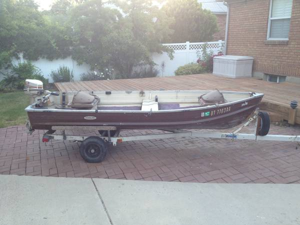 1968 Starcraft 12 Aluminum Fishing Boat with trailer $600 Firm - $600 (Sugarhouse)
