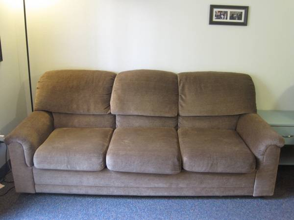 Couch with Pull-out bed (mattress included) - $75 (Provo, Wymount Terrace)