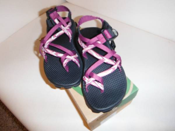 Womens ZX2 Chacos BRAND NEW Size 5 - $60 (Provo, UT)