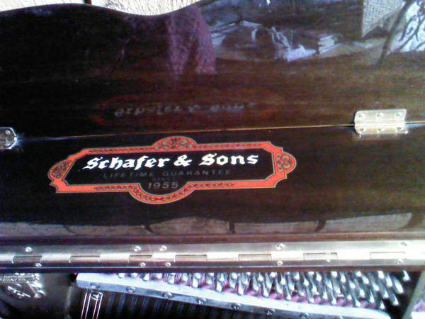 Mahogany Upright Piano -- Schafer and Sons vs-44 - $600 (Provo)