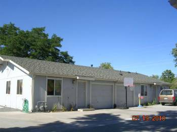 - $750 2br - 1000ftsup2 - Nice quiet 2 br 2 ba 1 car AC central air (Carson City new Lowes)