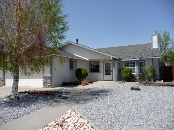 $1500 3br - Furnished, utilities included, CLEAN (Carson City)