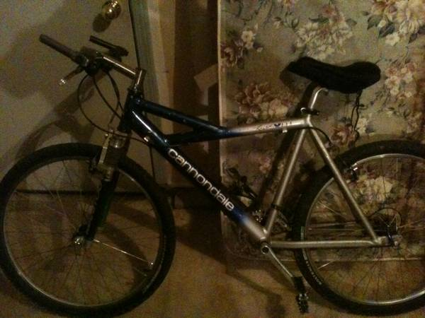 cannondale mtn bike - $400 (spanish springs)