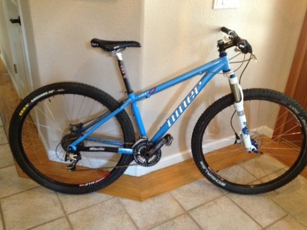 Niner Air 9 XC 2010 Small Atomic Blue - $2900 (Reno)