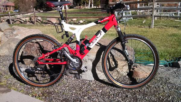 GT xcr 4000 Mountain Bike - $350 (Reno)