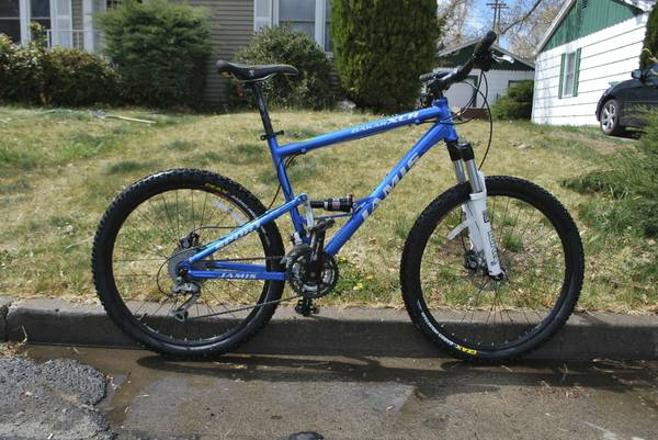 Jamis full suspension Mountain Bike - $700 (reno)