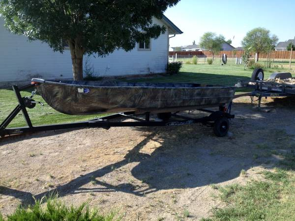 14-foot 1979 Montgomery Wards Sea King fishing - duck - jon boat - $400 (Fallon)