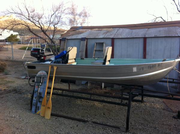 12 Gamefisher Alum. Boat w new motor lots of extras 1,200 OBO - $1200 (Carson City)