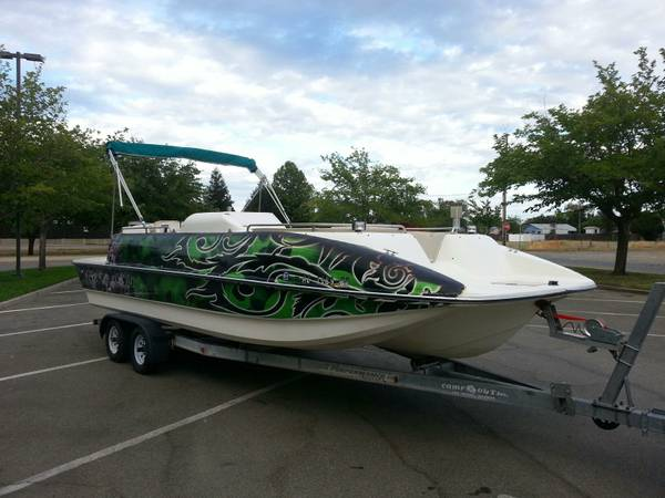 CUSTOM 24ft deck boat v6 IO motor wrap NEW PICS - $10500 (hot weather price)