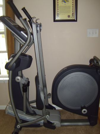 Reduced Price Nordic Track Pathfinder Space Saver Elliptical - $600 (Sparks)