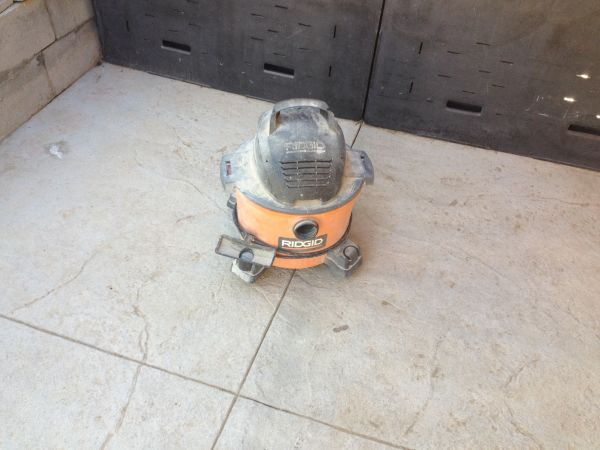 RIDGID 6 GALLON SHOP VAC - $45 (sunvalley)