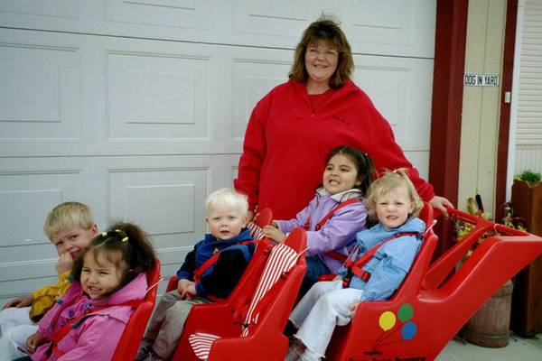 6 SEAT STROLLER BYE BYE BUGGY reduced from 700 to - $450 (Reno)