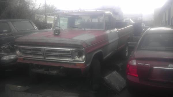 1972 ford hi boy f250 4x4 390 4 speed - $2700 (reno)