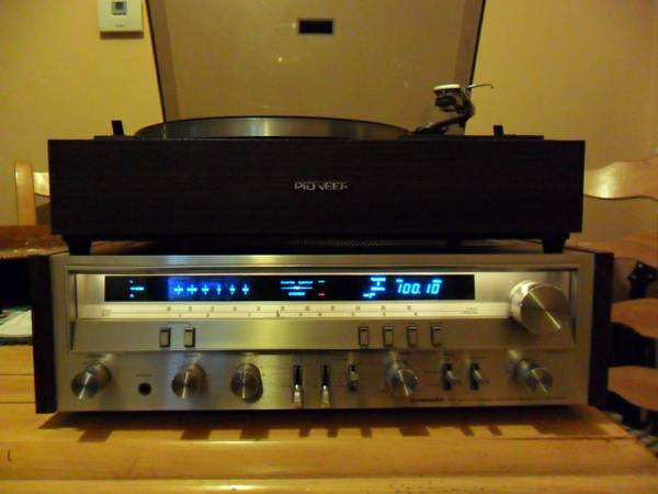 PIONEER SX-3700 RECEIVER AND PIONEER PL- 12 - $130 (RENO)