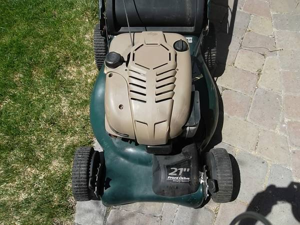 Self Propelled Craftsman Lawnmower lawn mower with BAG 7.0 HP engine - $150 (South Reno)