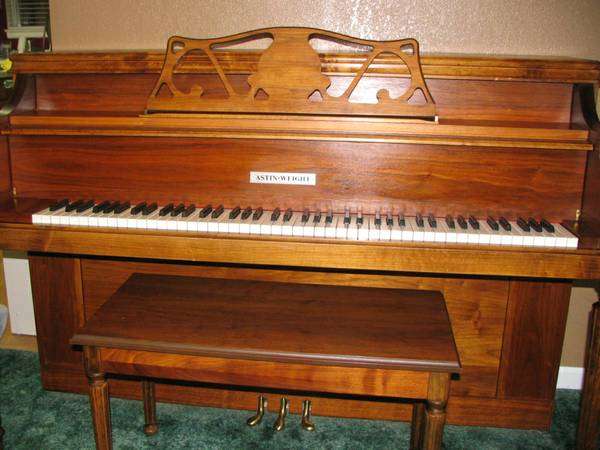 Astin-Weight upright piano - $1200 (Carson City)