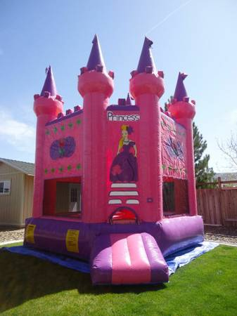 Princess Castle Bounce House (RenoSparks)