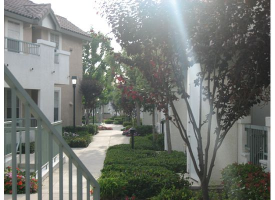 $675 Room for Rent in Gated Complex (Mira Mesa)