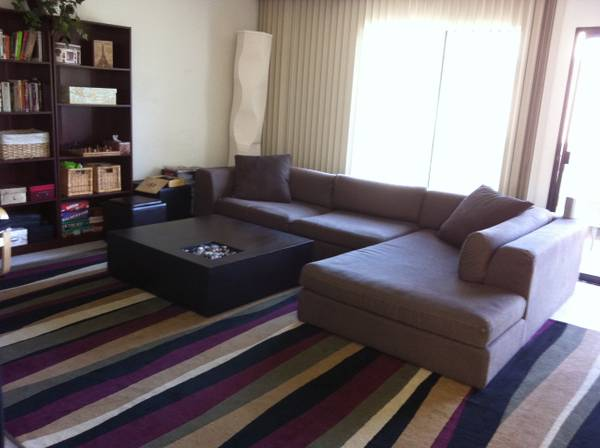 - $500 1br - 230ftsup2 - 2.5 Week AUG Sublet Avail NOW Nice house, large Furnished single room (La JollaUtc)